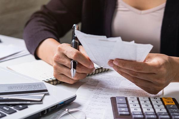 Le cabinet AGECO à Antibes s'occupe de la gestion sociale et du traitement de la paie.